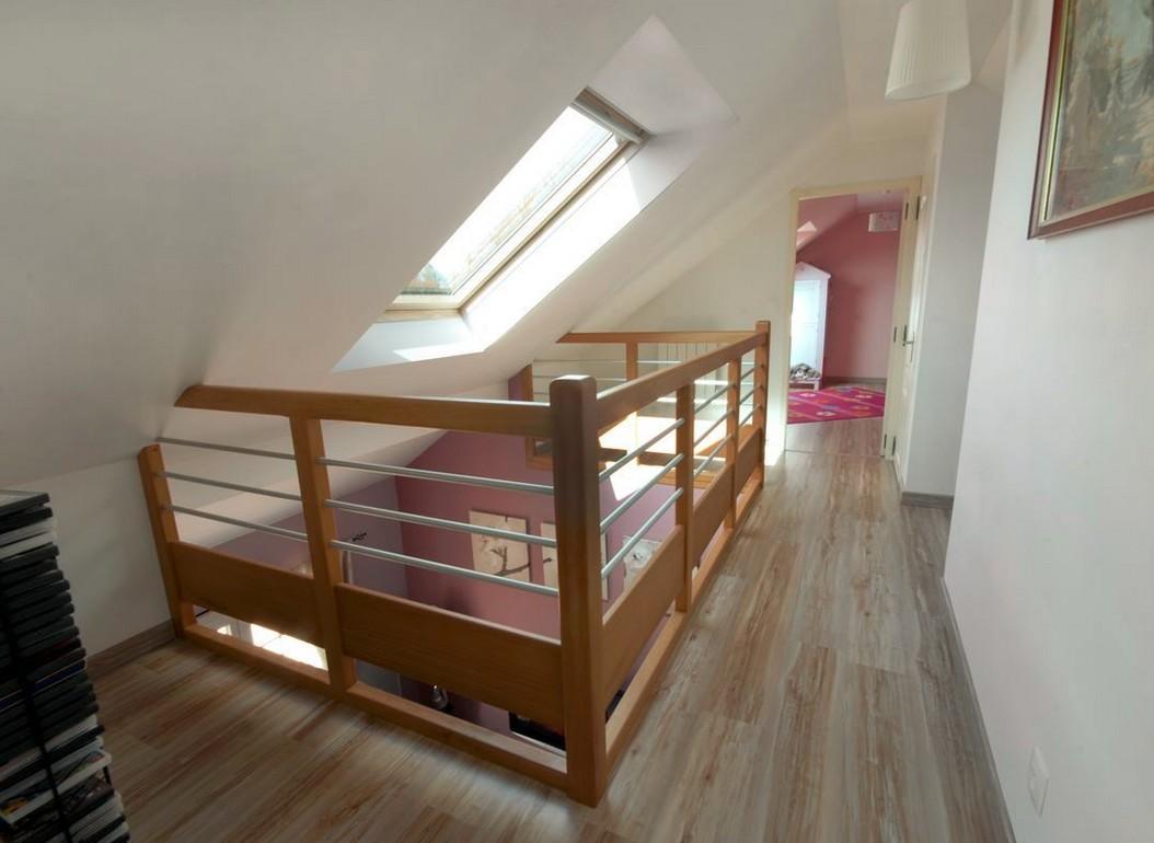 am nagement d 39 un comble cr ation d 39 une mezzanine avec puit. Black Bedroom Furniture Sets. Home Design Ideas