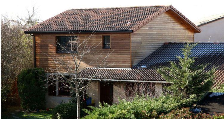 sur l vation d 39 une maison finitions ext rieures en bardage rh ne ossature bois. Black Bedroom Furniture Sets. Home Design Ideas
